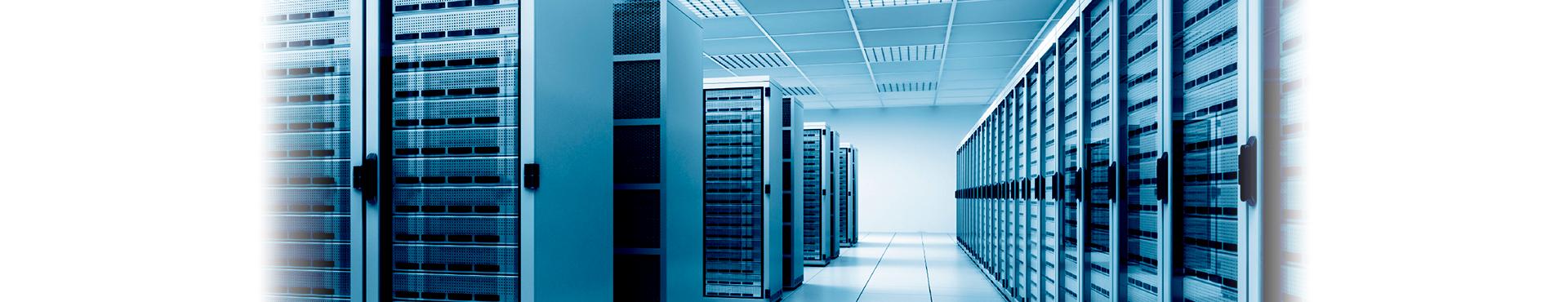 Hébergement : externalisation des données, hébergement de messagerie collaborative, hébergement de bureau distant, hébergement de serveur privé et virtuel, sauvegarde externalisée de données, plan de reprise d'activité, formation à l'usage de l'interface d'administration, suivi de la norme ITIL, base de connaissance mise à jour.